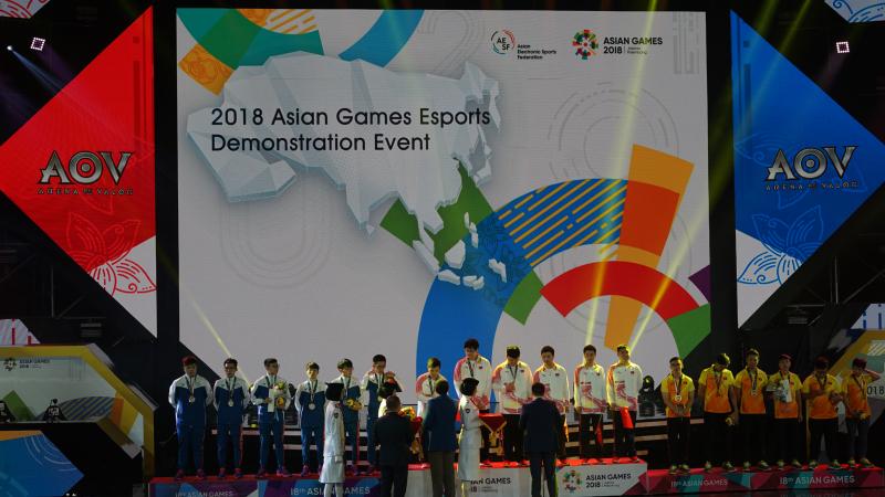 China Raih Emas Pertama Eksibisi eSports AG 2018 Cabang AOV