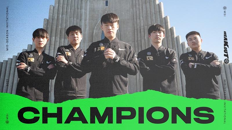 Tumbangkan DWG KIA 3-2, RNG Kampiun LoL MSI 2021!