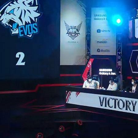 Analis EVOS Ungkap Alasan Timnya Kalah Di Game 2 Lawan GFLX