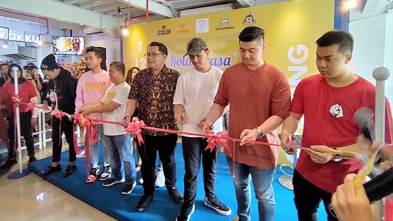 Reza Arap, Kaesang, Gibran dan Chef Arnold Resmikan Kolaborasa!