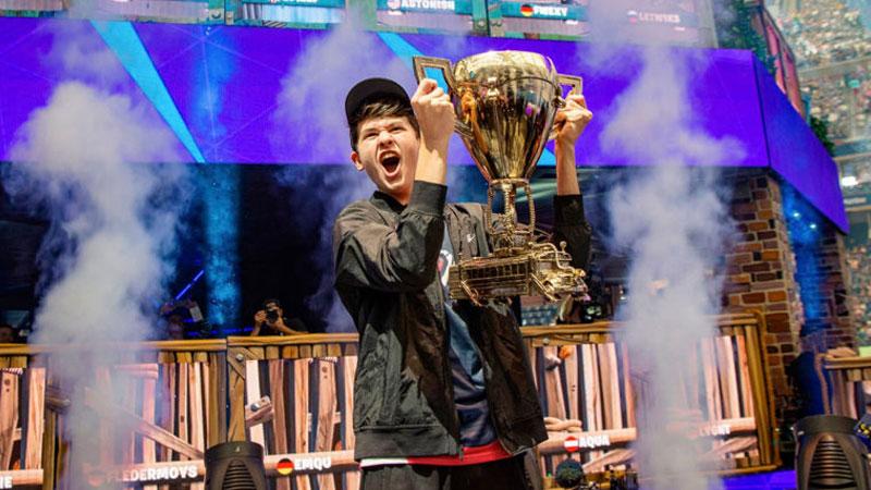 Juarai Fortnite World Cup, Tiga Gamer Jadi Milyarder Muda!