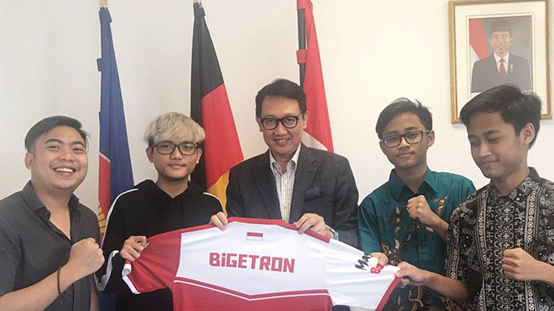 Dubes RI Semangati Bigetron Jelang Laga PMCO Global Finals