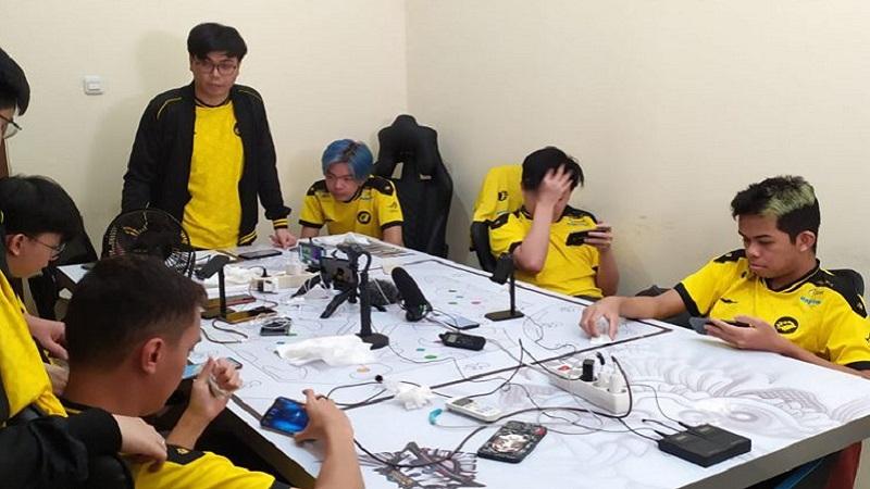 Tatap Playoffs MPL S8, Butsss Ingatkan ONIC Jangan Ulang Kesalahan Ini