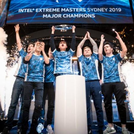 Pecahkan 'Kutukan' Final, Liquid Angkat Trofi IEM Sydney 2019