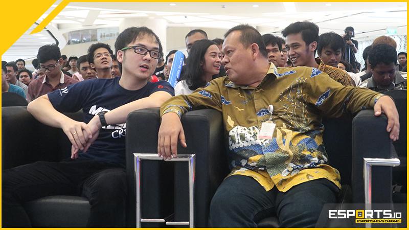 Kemenpora Ajak Pemuda Harumkan Nama Bangsa Lewat eSports!