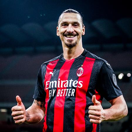 Zlatan Ibrahimovic Beli PS5 Untuk Satu Tim, Segini Total Biayanya!