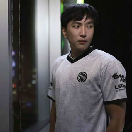 Doublelift Pensiun, Ini Prestasi Sang Bintang League of Legends LCS!
