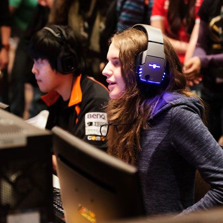 Sisi Lain Dunia eSports: Bukan Tempat untuk Wanita?